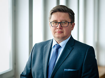 Tomasz Kucharski, Partner