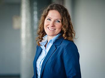 Ewa Dąbrowska, Dyrektor administracyjny